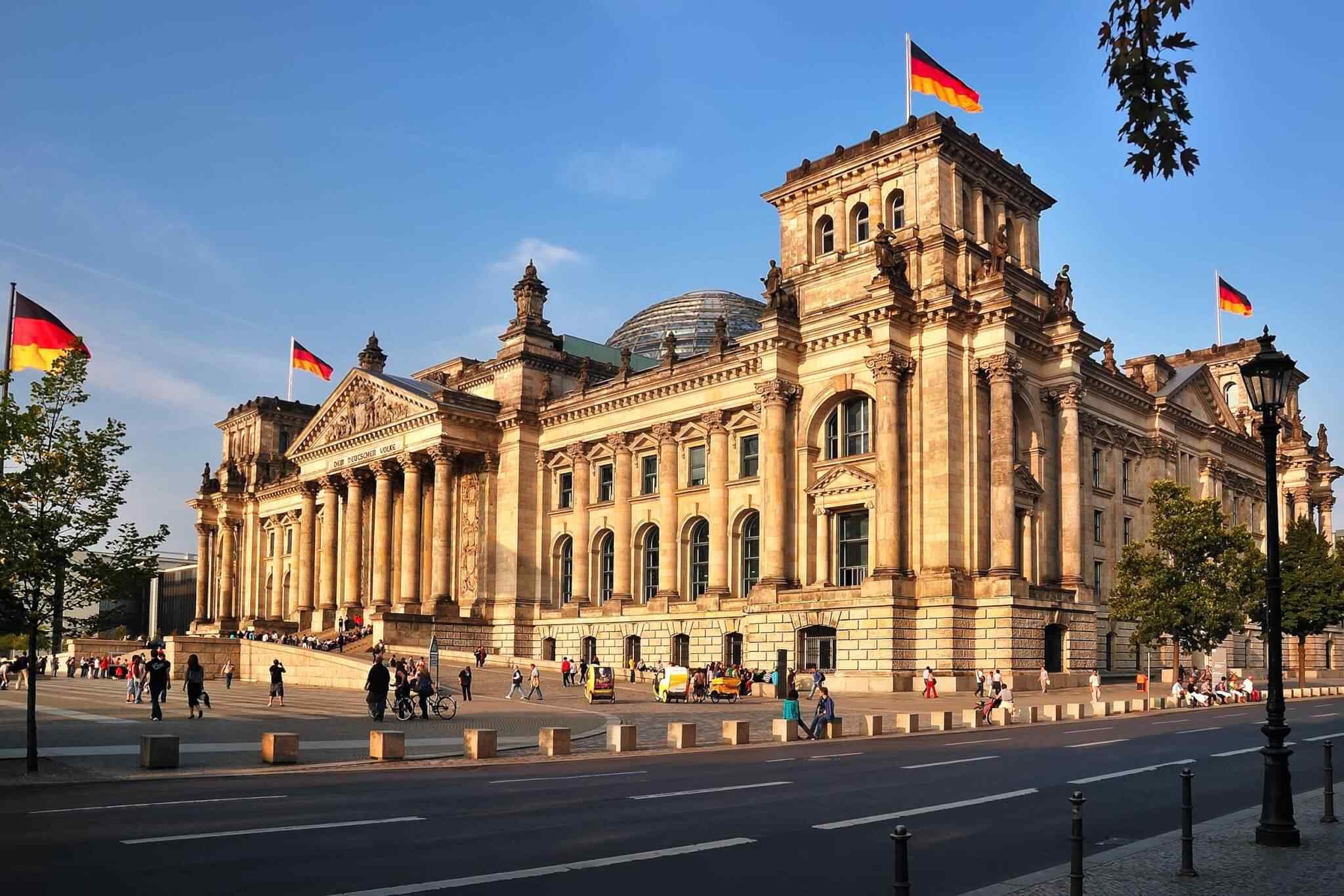 https://viveunbuenviaje.com/wp-content/uploads/2018/09/destination-berlin-01.jpg