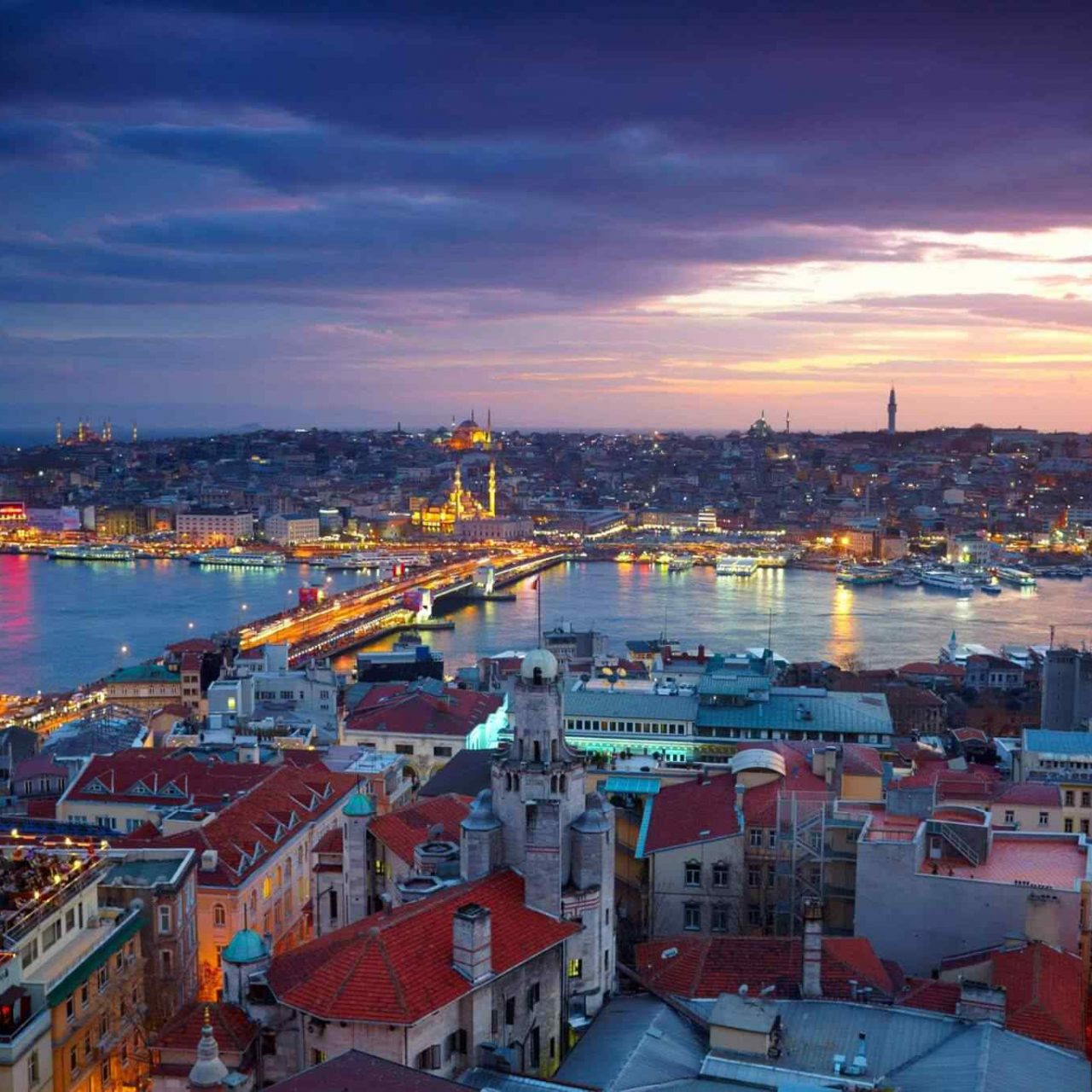 https://viveunbuenviaje.com/wp-content/uploads/2018/09/destination-istanbul-01-1280x1280.jpg